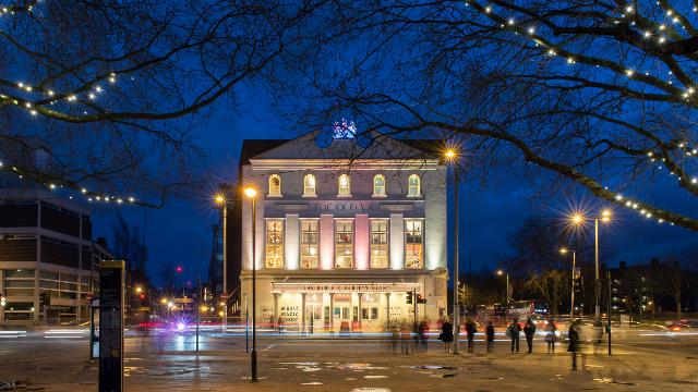 the old vic - theatre