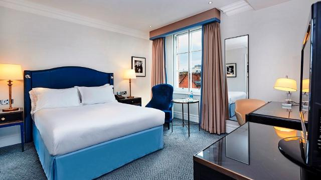 Rooms: The Waldorf Hilton Hotel London