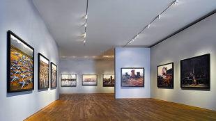 Small art galleries london