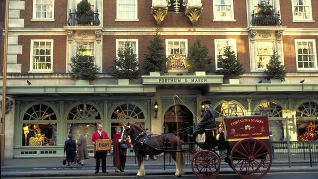 Fortnum  & amp; Mason with an old carriage on the front