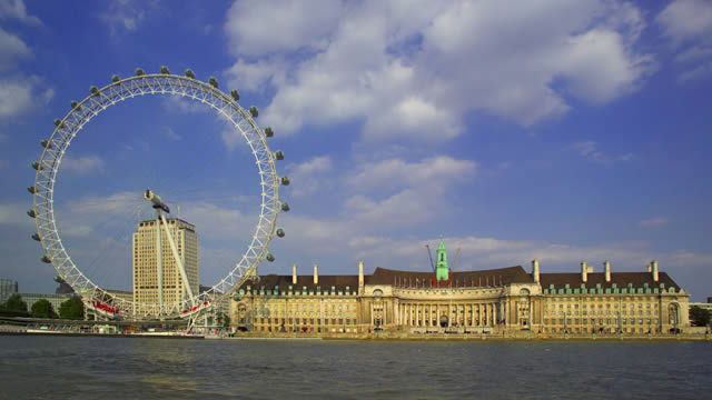 From The Modern Coca Cola London Eye To Historic Tower Of Top 10 Tourist Attractions In Are A Must See On Any Sightseeing