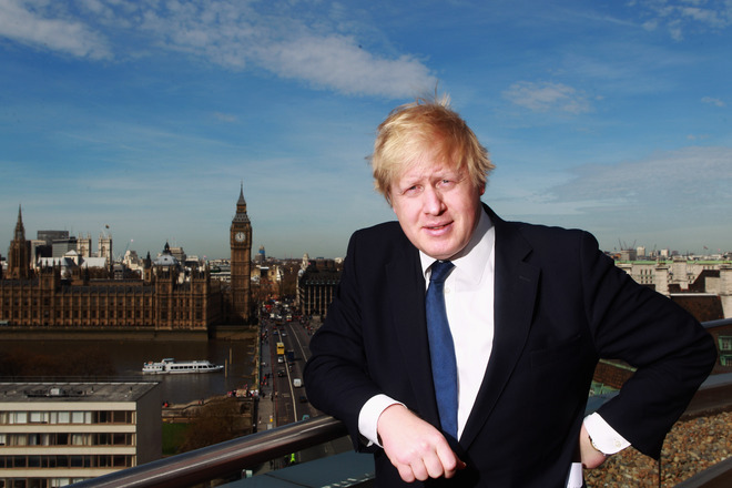 The Mayor on the roof of Park Plaza Westminster Bridge the host venue of SportAccord Convention 2011.