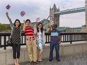 International students at Tower Bridge