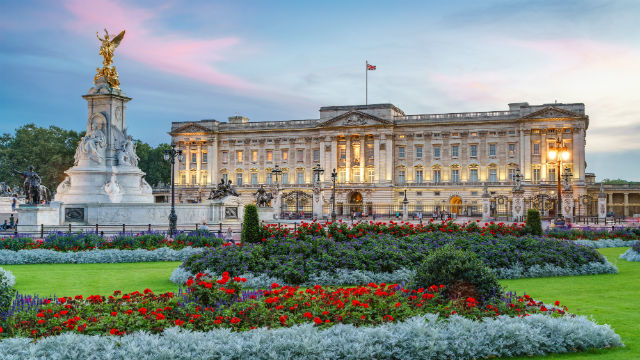 Image result for london buckingham palace