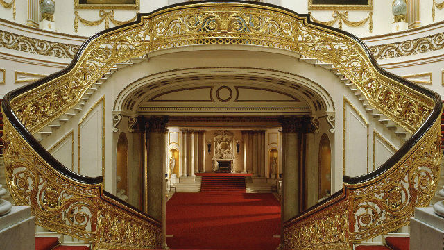 Top 10 things to see on Buckingham Palace tour London  : 76223 640x360 buckinghampalacegrandstaircase640 from www.visitlondon.com size 640 x 360 jpeg 97kB