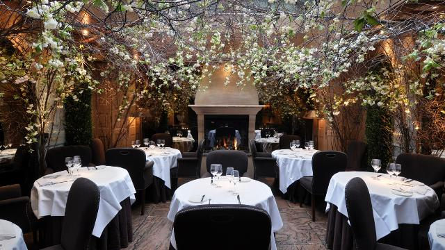 Romantic restaurants in london restaurant for Cafe du jardin restaurant covent garden