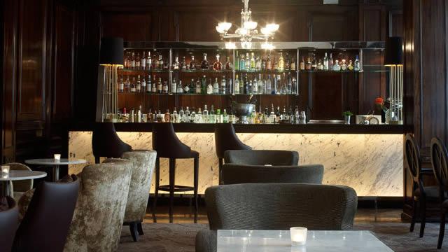 Luxury Cocktail Bars In London Pub Amp Bar Visitlondon Com