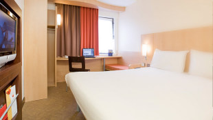 Cheap Accommodation Where To Stay Visitlondon Com