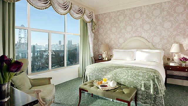 th savoy guest room