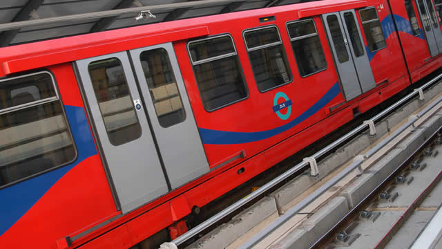 Train Lever In Lodon : Docklands light railway getting around london